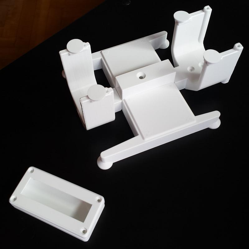 Balanza para pesado y centrado de aviones RC. Impresión 3D. Gilitadas